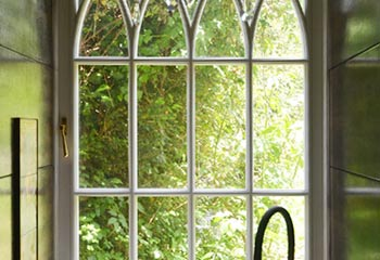 Stunning Gothic design window with narrow astragal bars